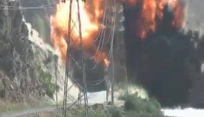 5 ton bomba yüklü araç imha edildi