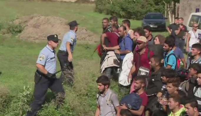AB, mültecilere karşı ordu kuruyor