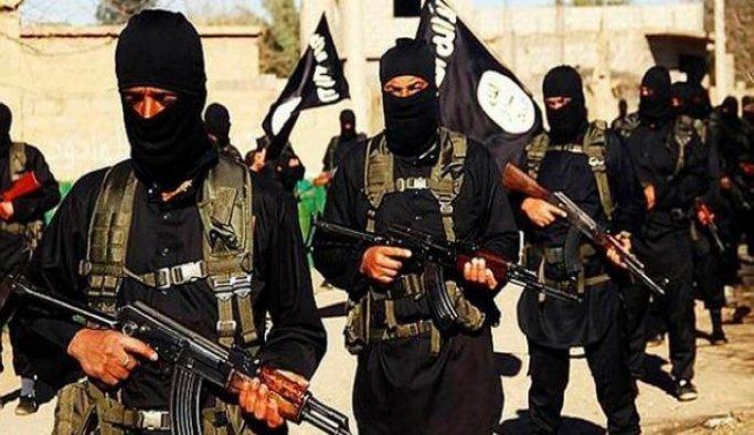 Afganistan'da 13 DAEŞ üyesi öldürüldü