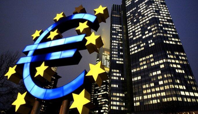 Avrupada yıllık enflasyon yerinde sayıyor