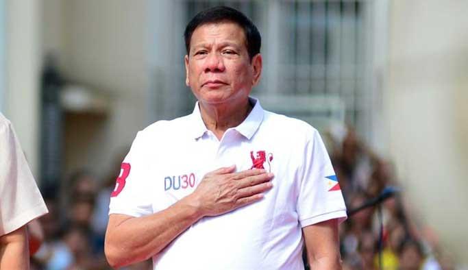 Duterte'den sinagoga özür ziyareti