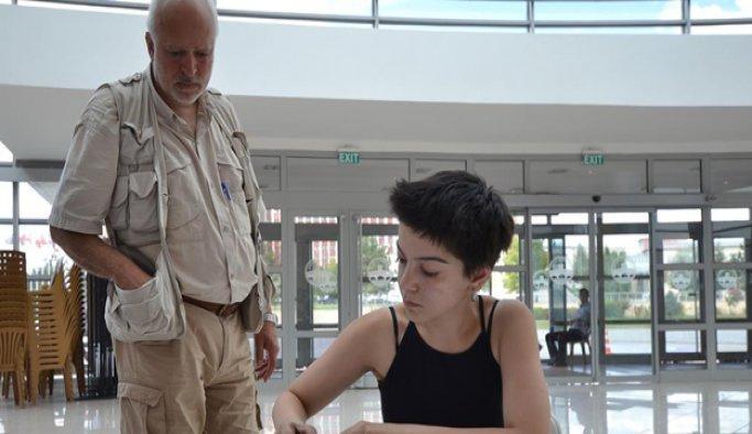 Bulgar akademisyen cumhurbaşkanlığına aday gösterildi