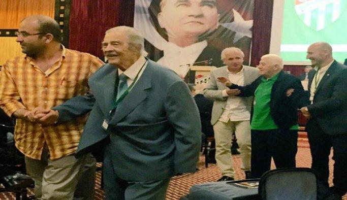 Bursaspor'un kurucu üyelerinden Dik, vefat etti