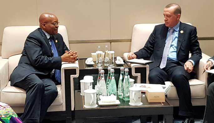 Cumhurbaşkanı Erdoğan, Zuma ile bir araya geldi