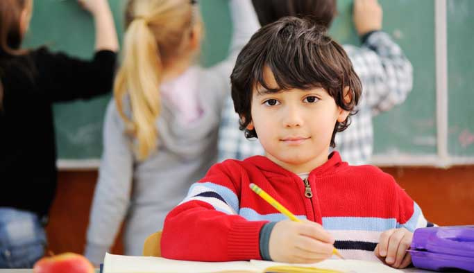 Doğru beslenme okul başarısını artırıyor