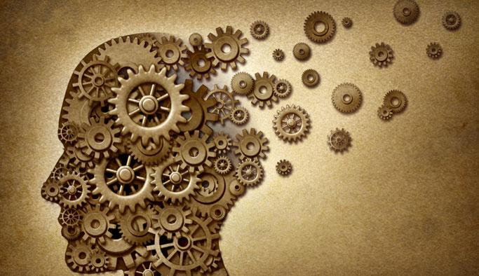 Düzenli uyku ve yeterli su tüketimi Alzheimer'ı geciktiriyor