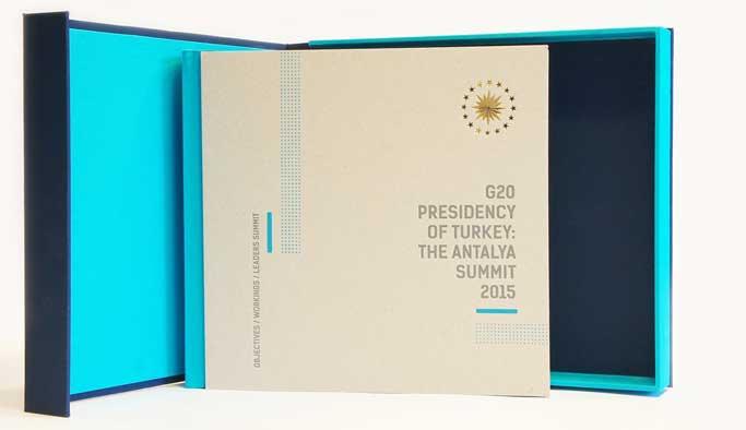 Erdoğan, Antalya G20'nin kitabını liderlere hediye etti