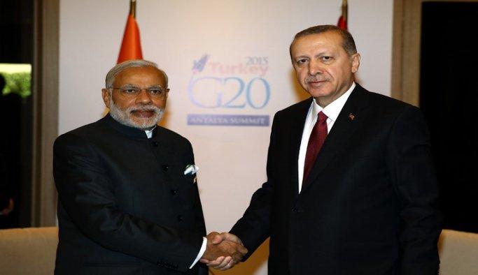 Erdoğan, Hindistan Başbakanı Modi ile görüştü