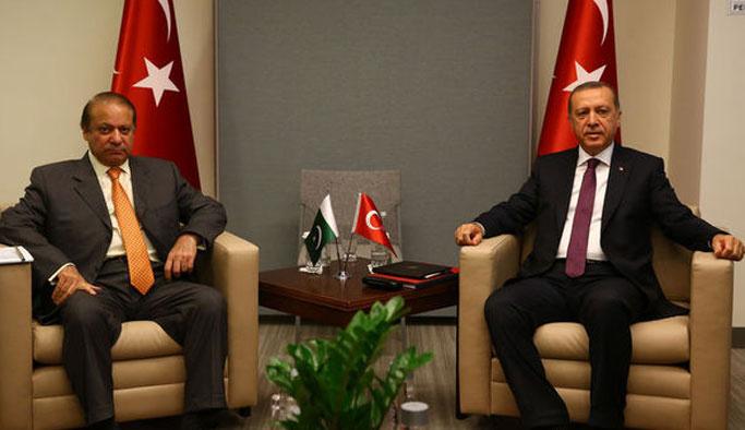 Erdoğan, Pakistan Başbakanı ile görüştü