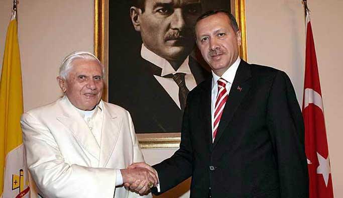 Erdoğan, Papa'yı ilk başta reddetmiş