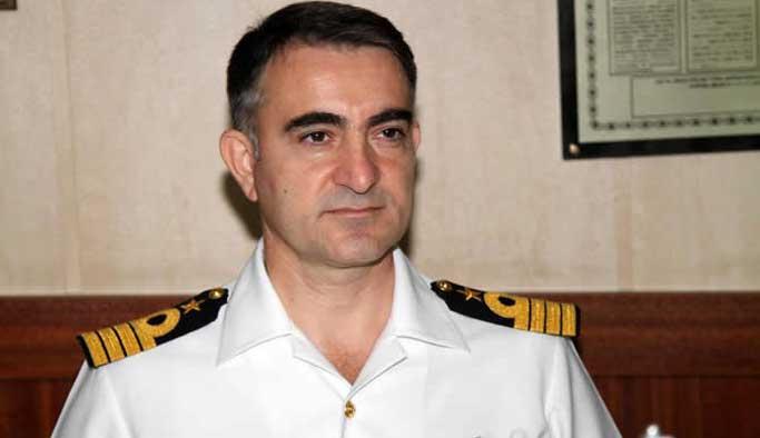 Firari darbeci amiraller yakalandı