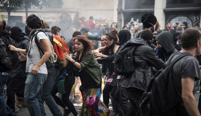 Fransa'da polis şiddeti: Gösterici gözünü kaybetti