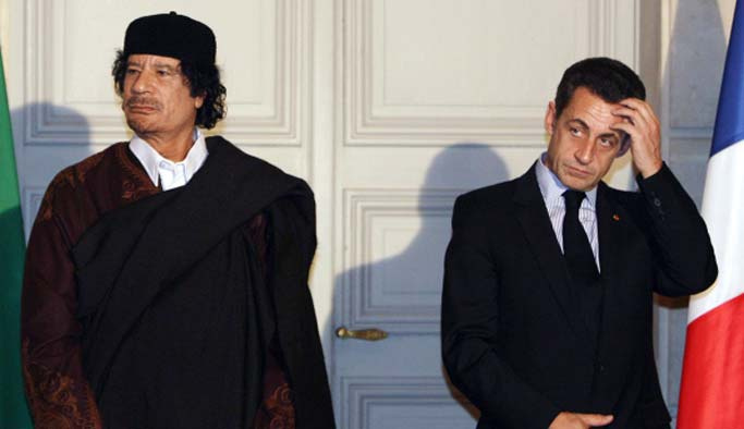Fransa'da Sarkozy'nin yakın ekibine operasyon