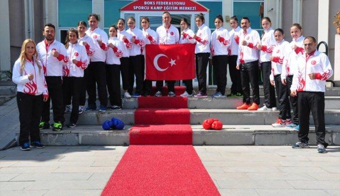 Genç Kızlar Avrupa Boks Şampiyonası'na gidiyor