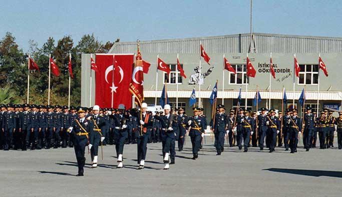 Hava Kuvvetleri'nden 73 personel daha ihraç edildi