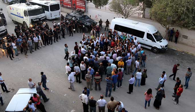 HDP kayyuma karşı ancak 30 kişiyi toplayabildi