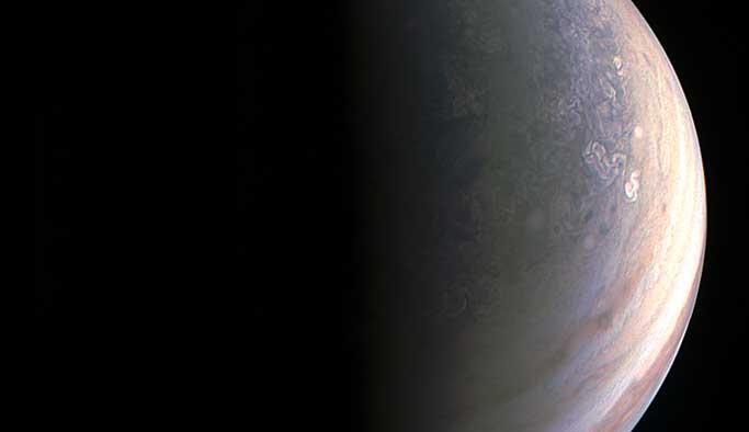 Jüpiter'in en net görüntüleri FOTO