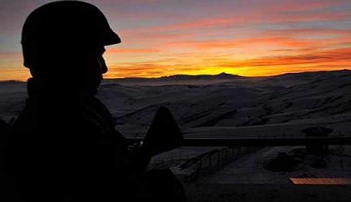 Kışlalardaki 'şüpheli ölümler'e inceleme talebi