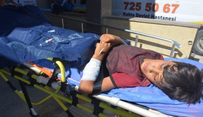 Koluna demir saplanan çocuk hastaneye kaldırıldı