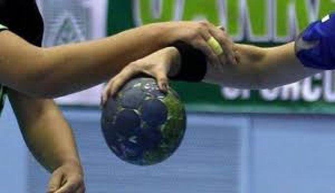 'Mahalle takımı', yabancı hentbolcularına güveniyor