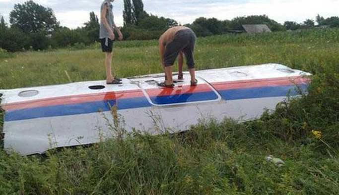 Malezya uçağı Rus füzesiyle vurulmuş