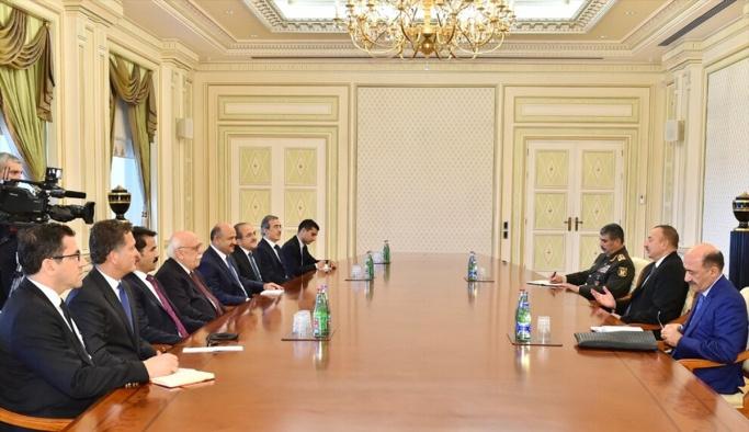 Milli Savunma Bakanı Işık ve Kültür ve Turizm Bakanı Avcı Azerbaycan'da
