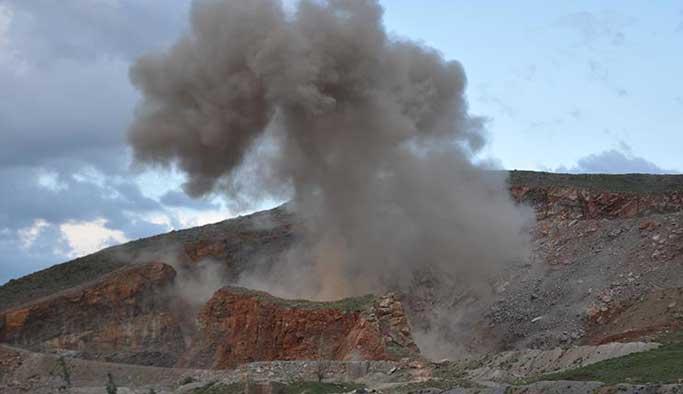 Muş'ta bomba yüklü araç imha edildi
