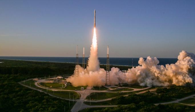 NASA'nın 'madenci uzay aracı' yola çıktı