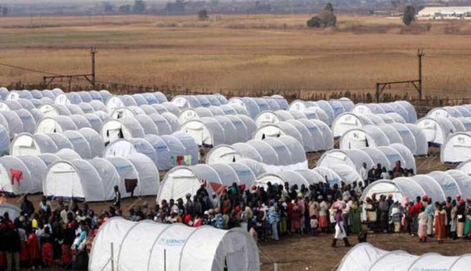 Paris'te ilk sığınmacı kampı açılıyor
