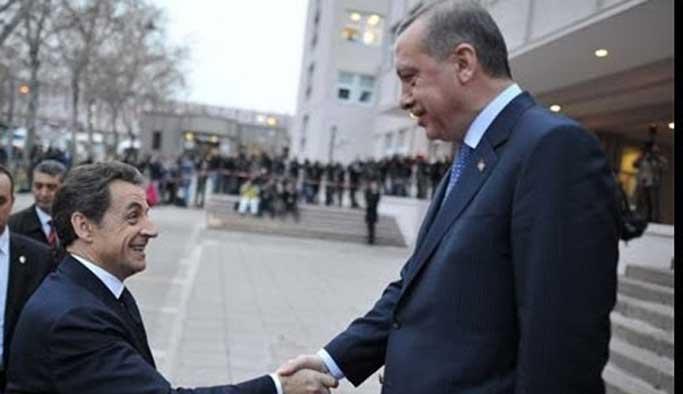 Sarkozy'den Türkiye ile müzakereleri kesme vaadi