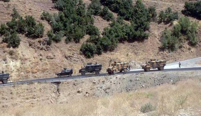 Şırnak'ta sivil araca bombalı saldırı