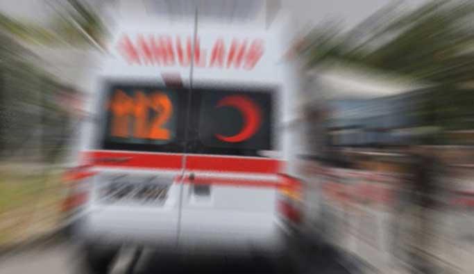 Sivas'ta otomobille yolcu otobüsü çarpıştı: 1 ölü, 1 yaralı