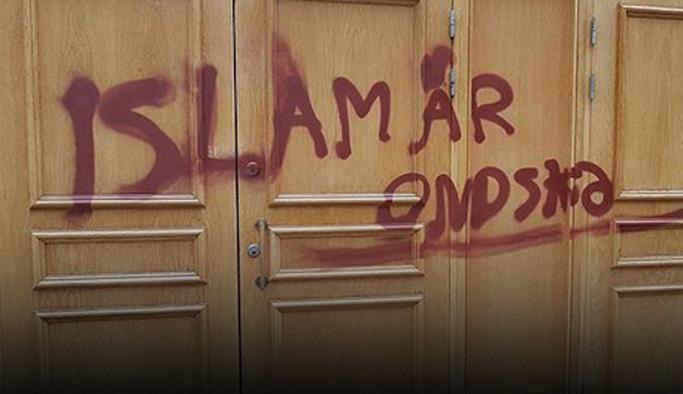 Stockholm'da camiye çirkin saldırı