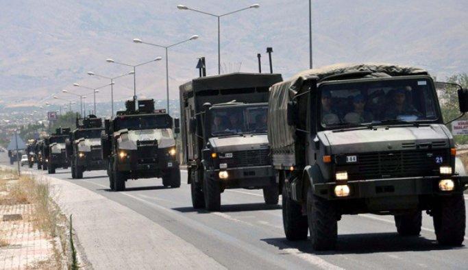 Suriye sınırına askeri sevkiyat yapıldı