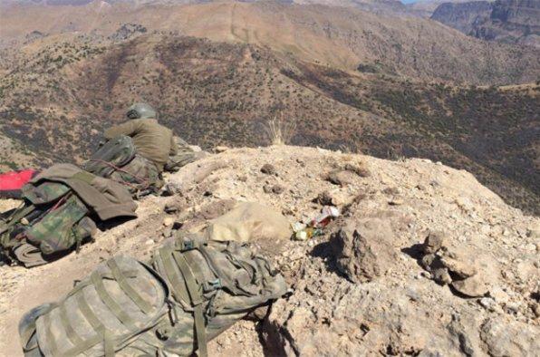 Çukurca'da 5 terörist savaş jetleriyle öldürüldü