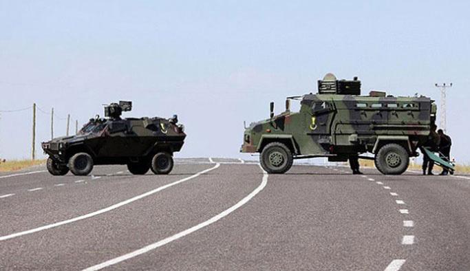 Teröristler Mardin'de kontrol noktasına saldırdı