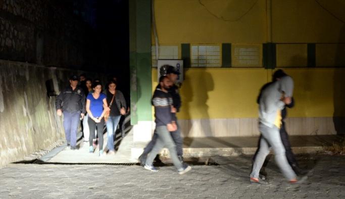 HDP Genel Başkan Yardımcısı Altınörs tutuklandı
