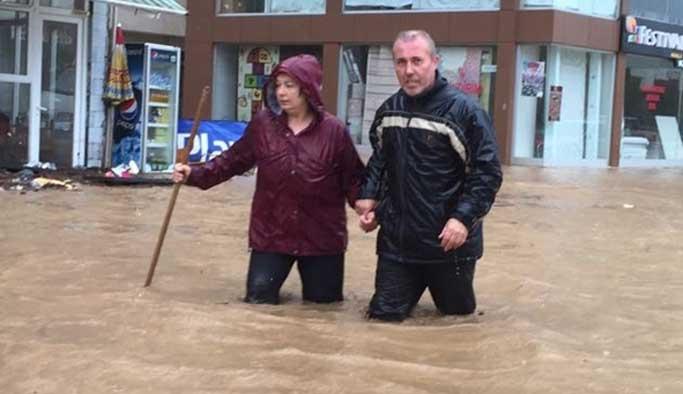 Trabzon'daki selde 2 kişi hayatını kaybetti