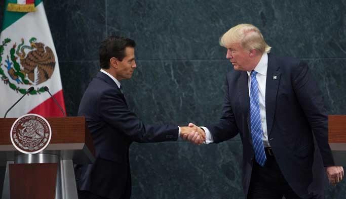 Trump'ın Meksika ziyareti istifa getirdi