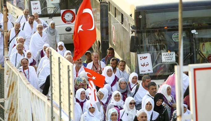 Türk hacı adayları Arafat'a ulaştı