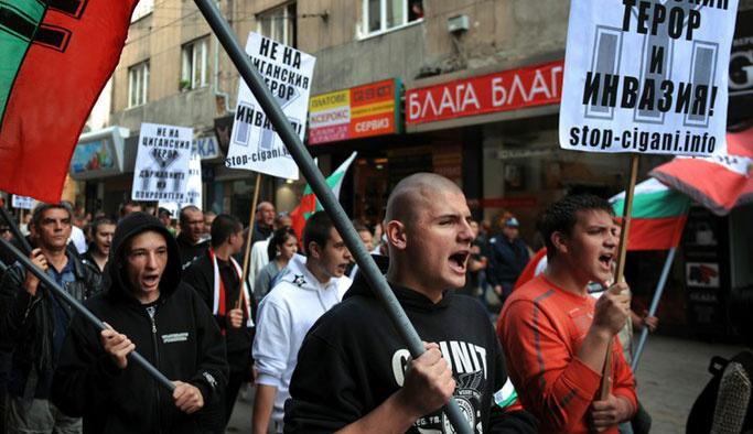 Bulgar ırkçılar 'Türklere ölüm' sloganlarıyla yürüdü