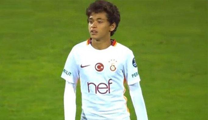 Dünya basını Galatasaray'ın çocuk futbolcusunu konuşuyor