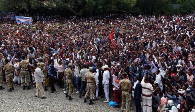 Etiyopya'da kutlama yeri kan gölüne döndü