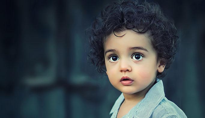 Fazla ilgi çocuğun gelişimini ters yönde etkiliyor