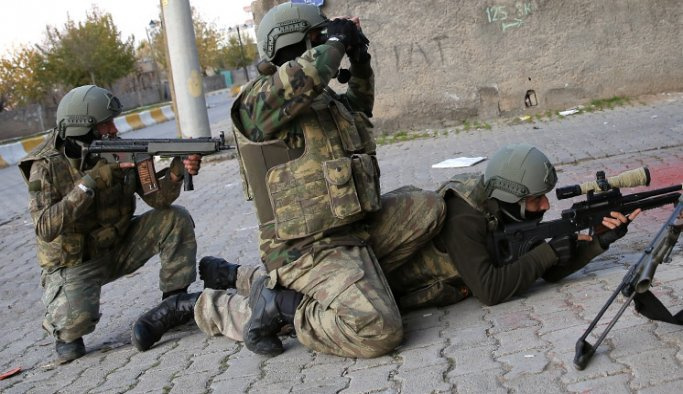 Hakkari'de 5 terörist etkisiz hale getirildi
