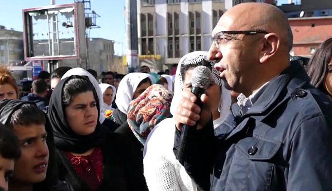HDP'li bir vekil daha terörist cenazesinde