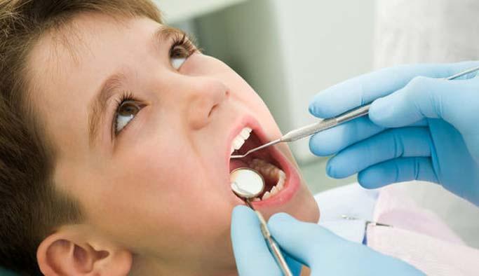 Meyve suları dişlere zarar mı veriyor?