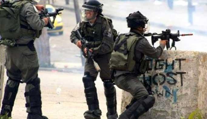 İsrail 10 yaşındaki çocuğu sırtından vurarak katletti