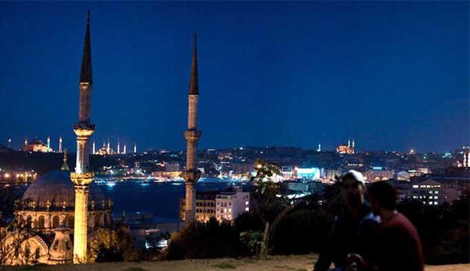 İstanbul'da kaç cami var?