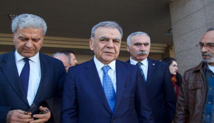 İzmir'deki yolsuzluk davasında 129 sanık yargılanıyor
